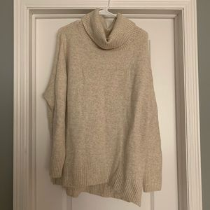 Old Navy Sz L Chunky Turtleneck Tunic Sweater